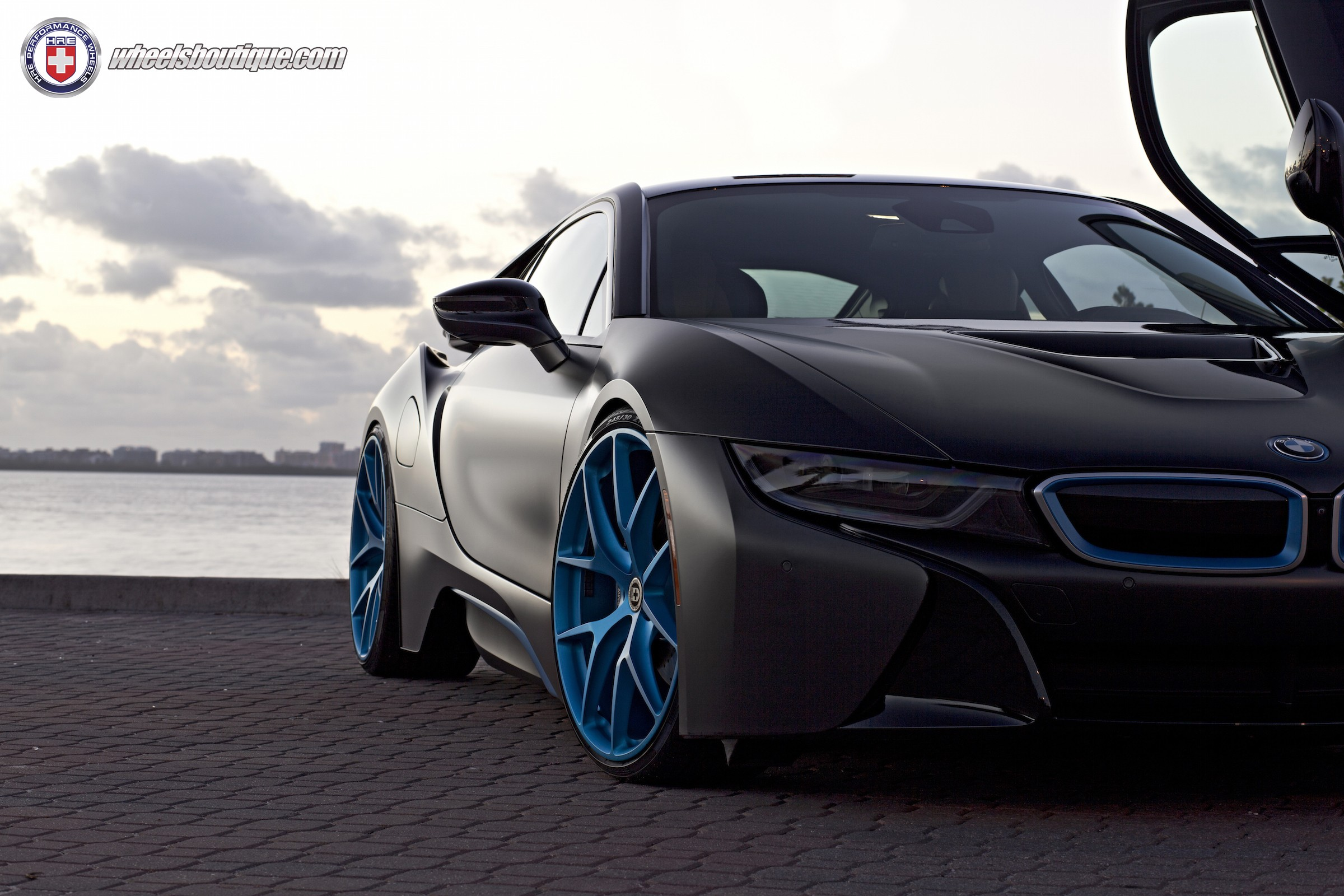 Break The Internet The Bmw I8 Edition Autoevolution