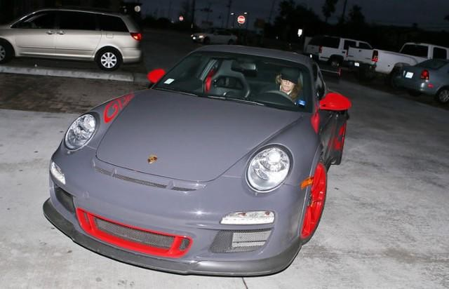 Bruce Jenner May Be A Woman Called Caitlyn Now But He She Still Has Good Taste In Cars on Porsche 997 Gt3