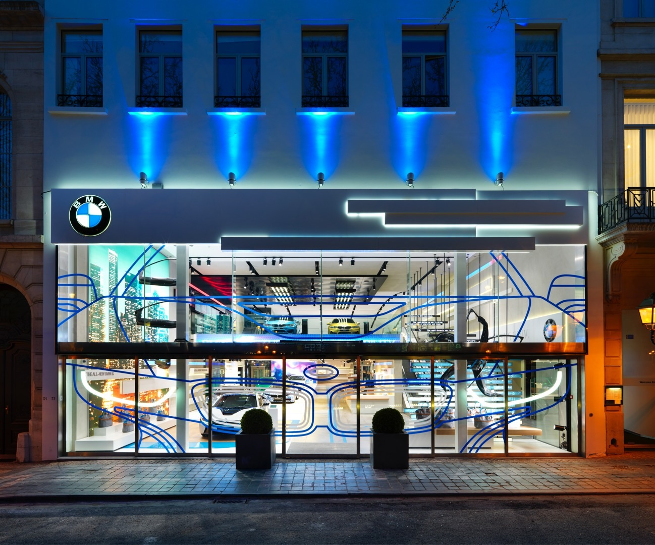 Brussels Bmw Brand Store Earns 2014 Iconic Award For Interior Design Autoevolution
