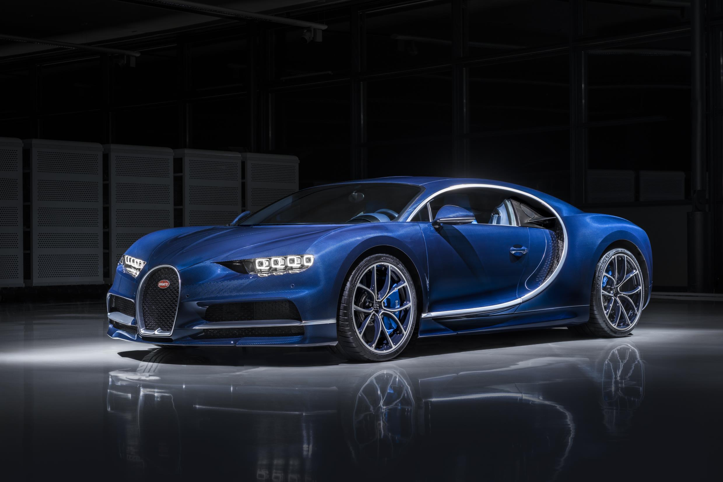 bugatti-chiron-does-not-escape-the-federalized-bumper-nightmare-it-looks-bad_1 Cozy Bugatti Veyron and Chiron Difference Cars Trend