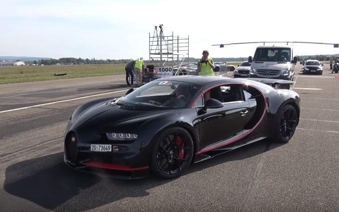 bugatti chiron drag races 900 hp mercedes-amg cls63 with a surprise