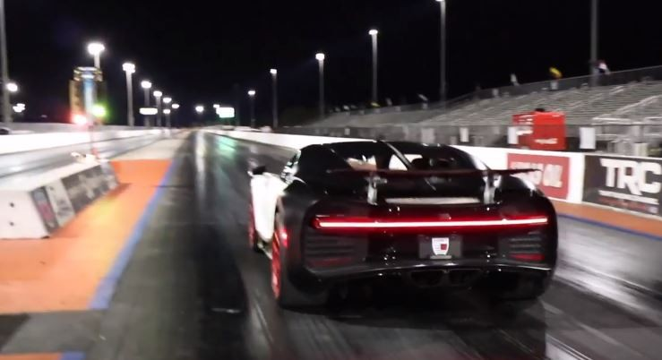 Bugatti Chiron Hits The Drag Strip Drops 9s 1 4 Mile Run