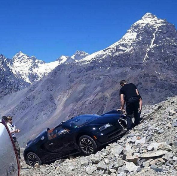 2017 Bugatti Chiron First Look Review Resetting The: Bugatti Veyron Andes Mountains Crash Looks Surreal, Damage