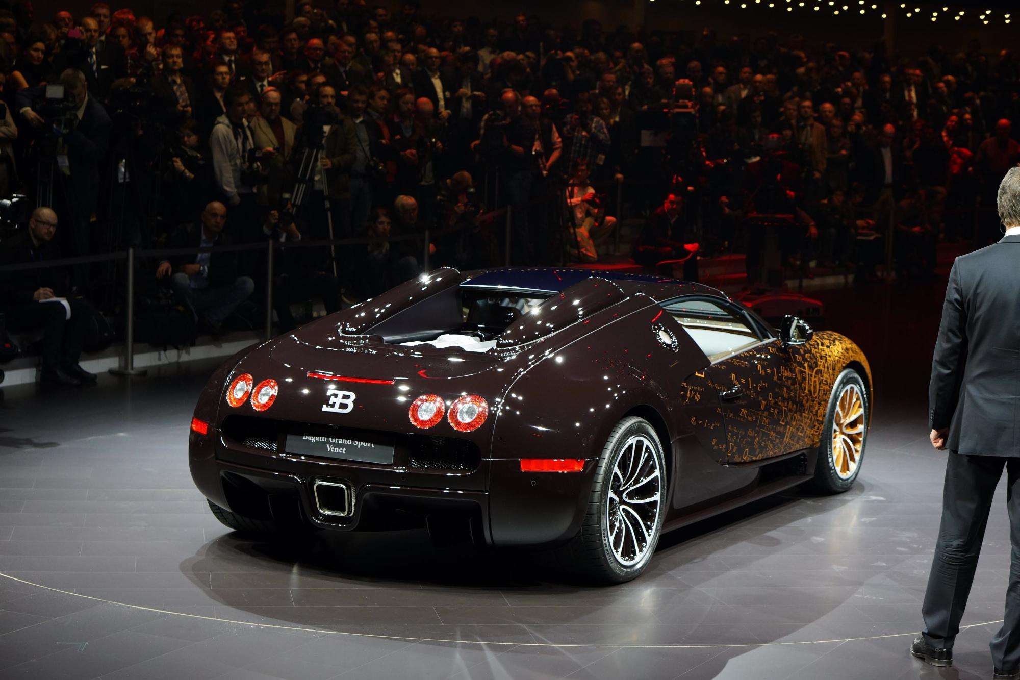 bugatti-veyron-grand-sport-venet-is-a-rusty-piece-of-art-live-photos_5 Gorgeous Bugatti Veyron Grand Sport Vitesse Bleu Cars Trend