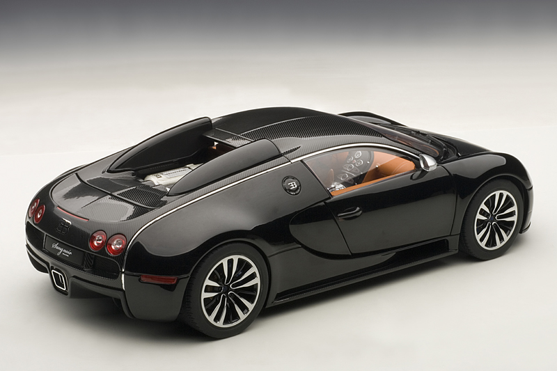 bugatti veyron sang noir scale model revealed. Black Bedroom Furniture Sets. Home Design Ideas