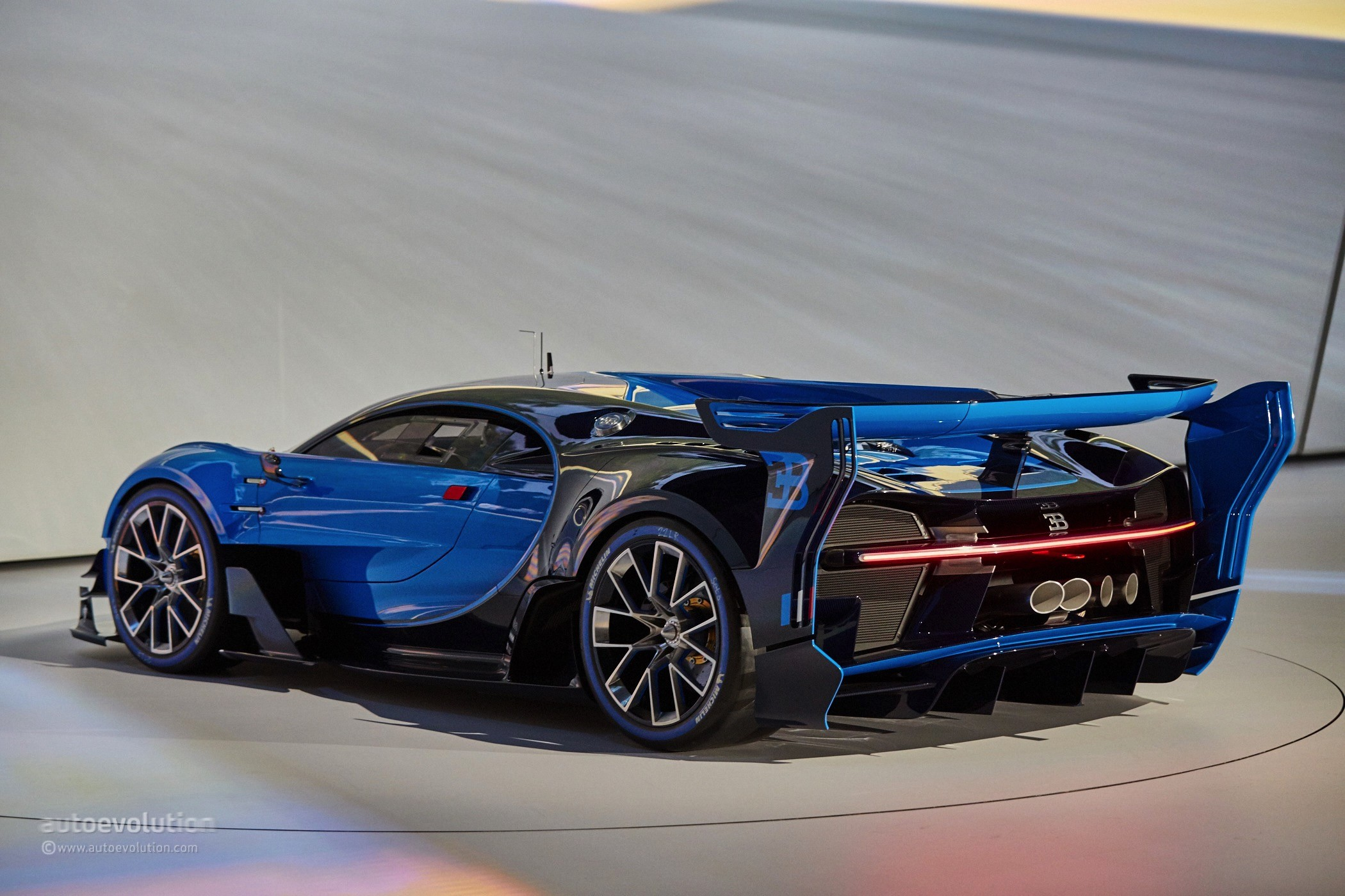 bugatti vision gran turismo is far from the chiron we wanted to see in frankfurt autoevolution. Black Bedroom Furniture Sets. Home Design Ideas