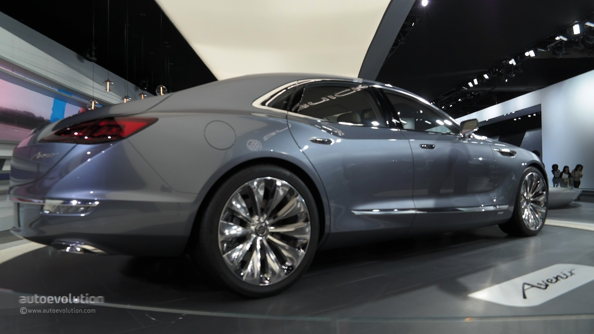 Buick Avenir Concept Lands At Detroit Pushes The Brand