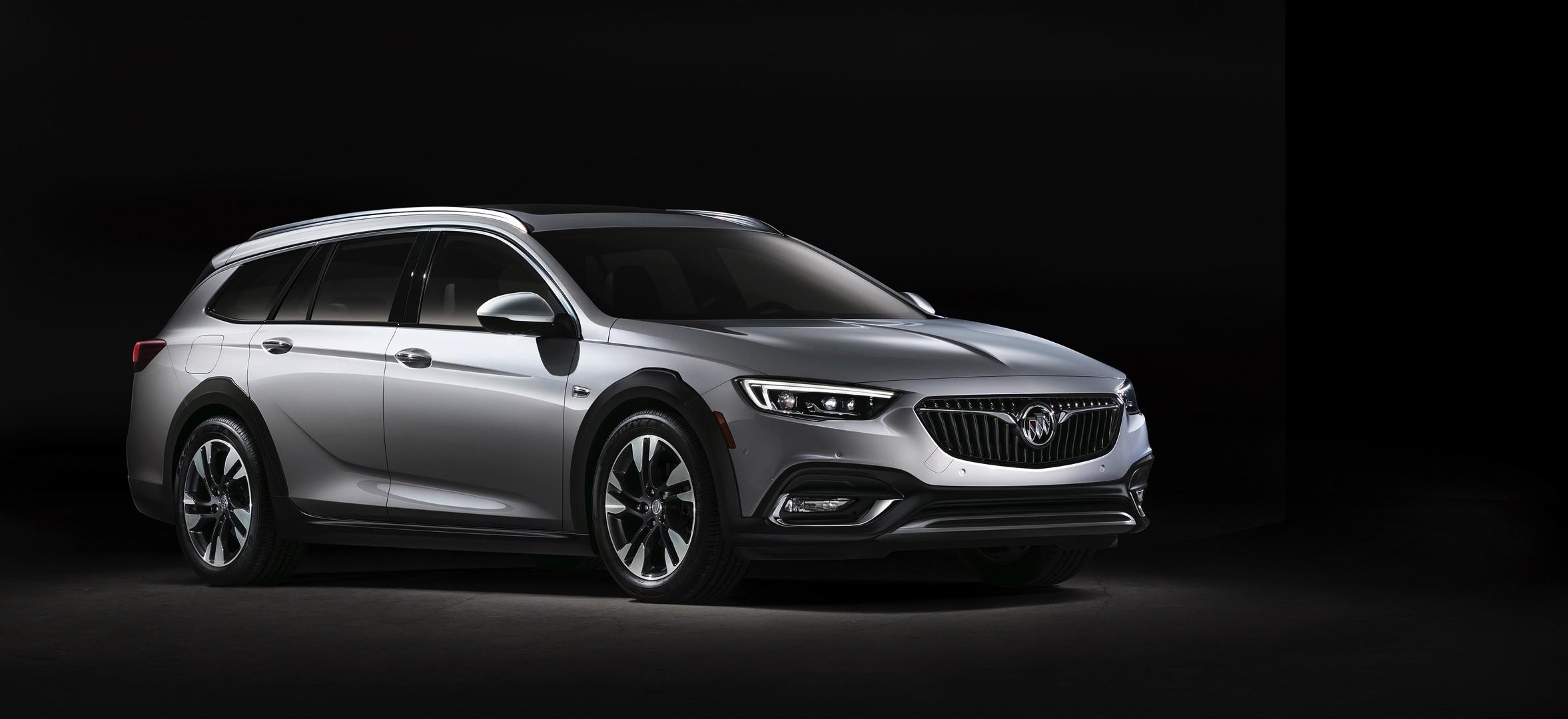 Buick Introduces 2018 Regal Sportback Sedan And 2018 Regal