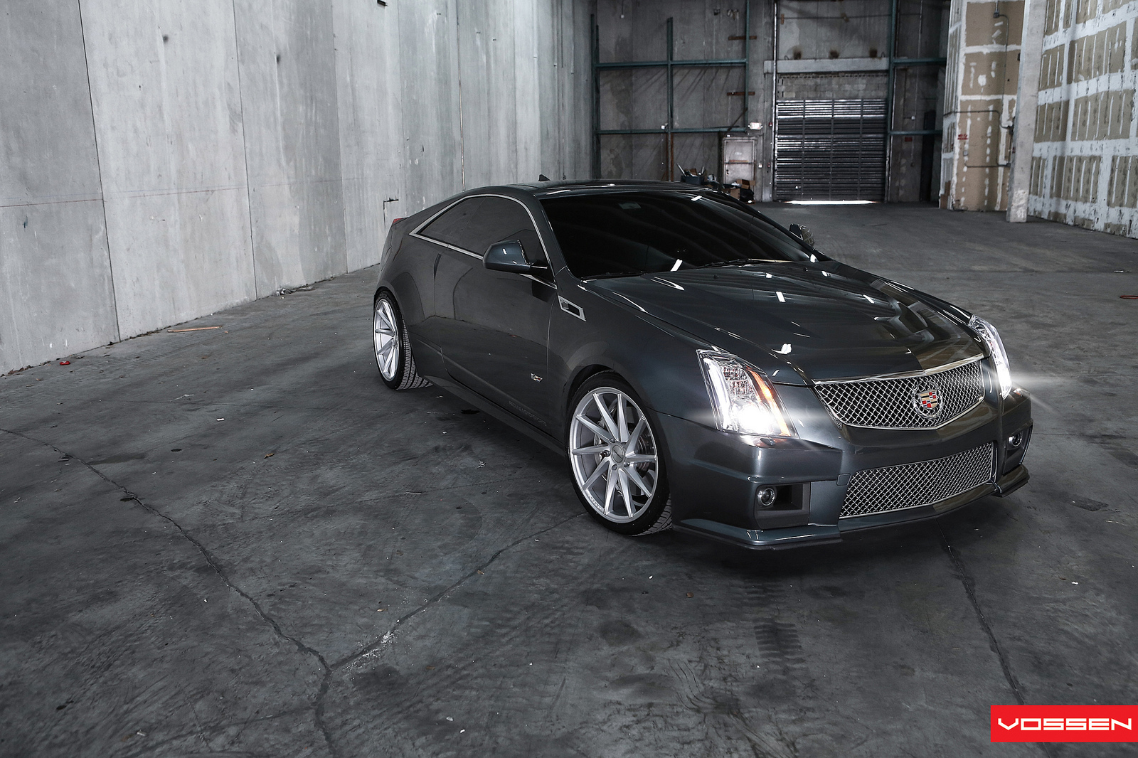 Cadillac Cts V Coupe Gets Vossen Cvt Wheels Video Autoevolution