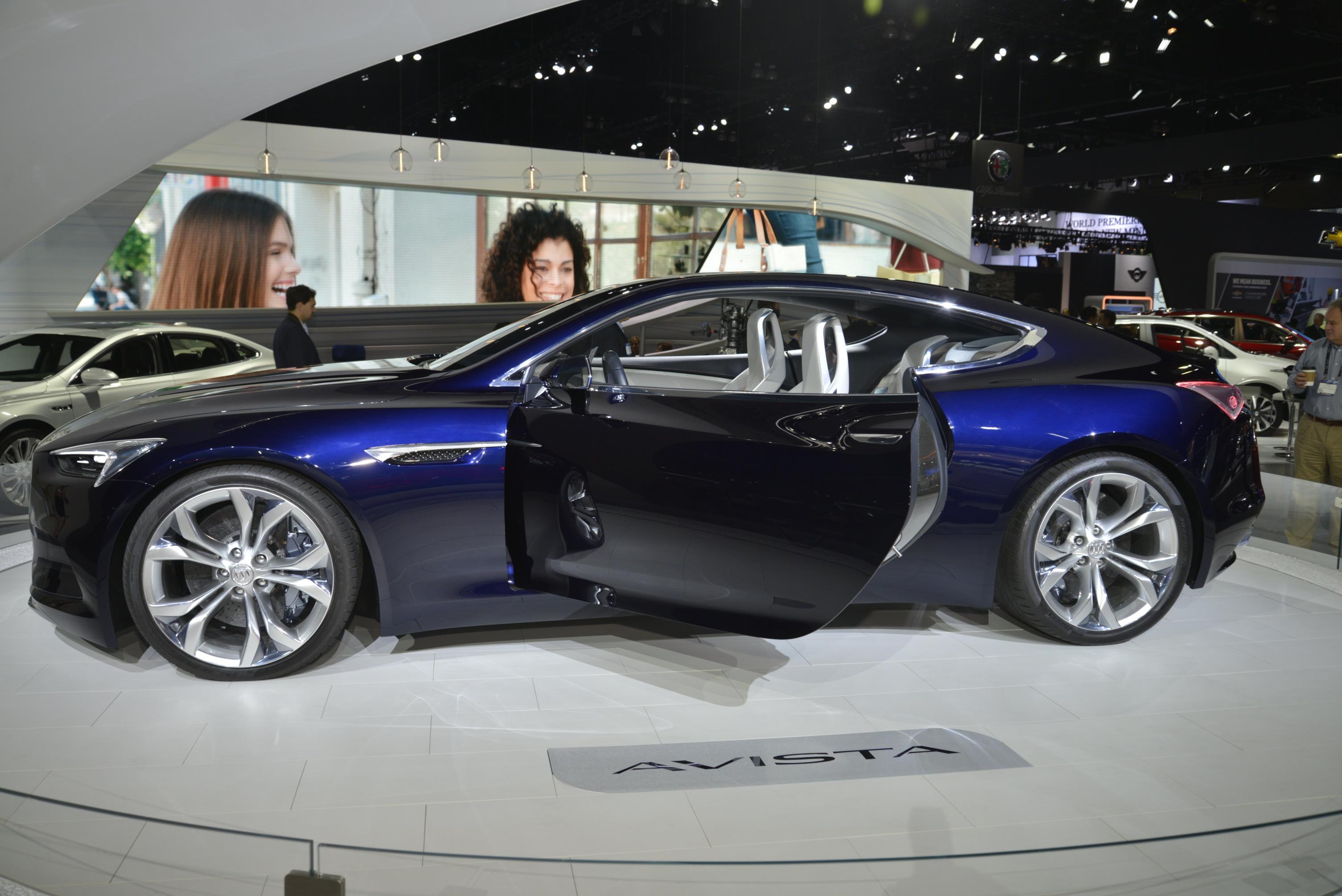 Cadillac Escala Vs Buick Avista Which La Concept Is