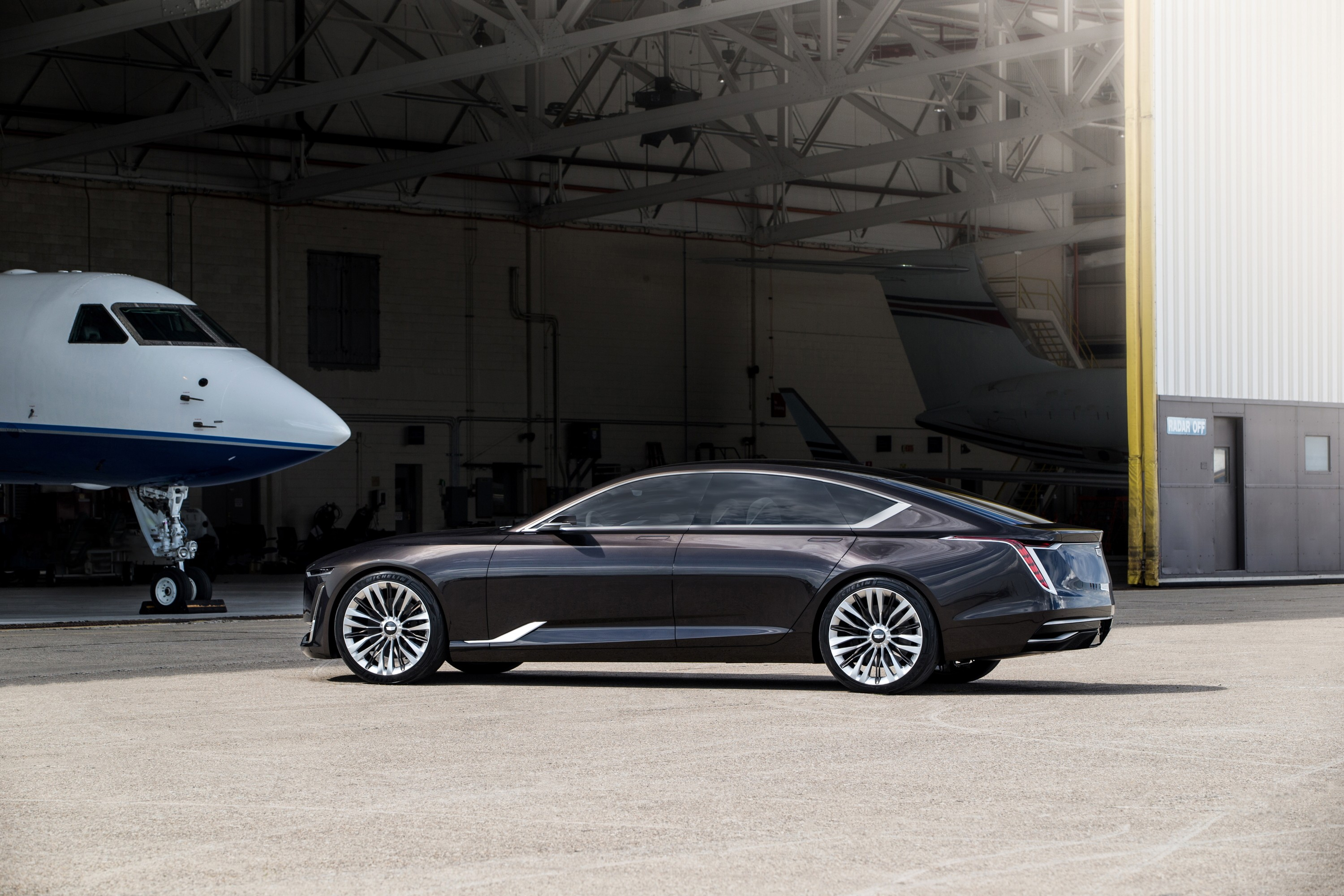 Cadillac Elr For Sale >> Cadillac Escala Concept Debuts 4.2-Liter Twin-Turbo V8 ...