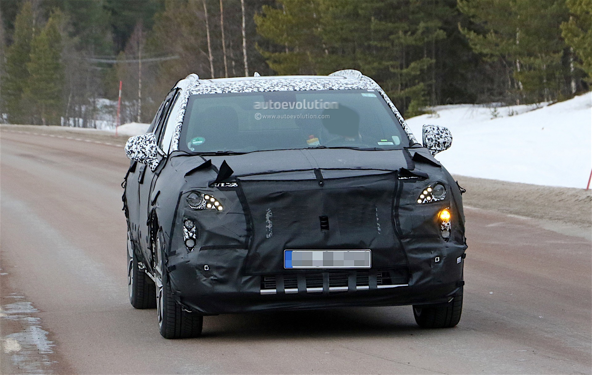 2018 cadillac xt3. Brilliant Cadillac Cadillac XT3 Prototype  For 2018 Cadillac Xt3