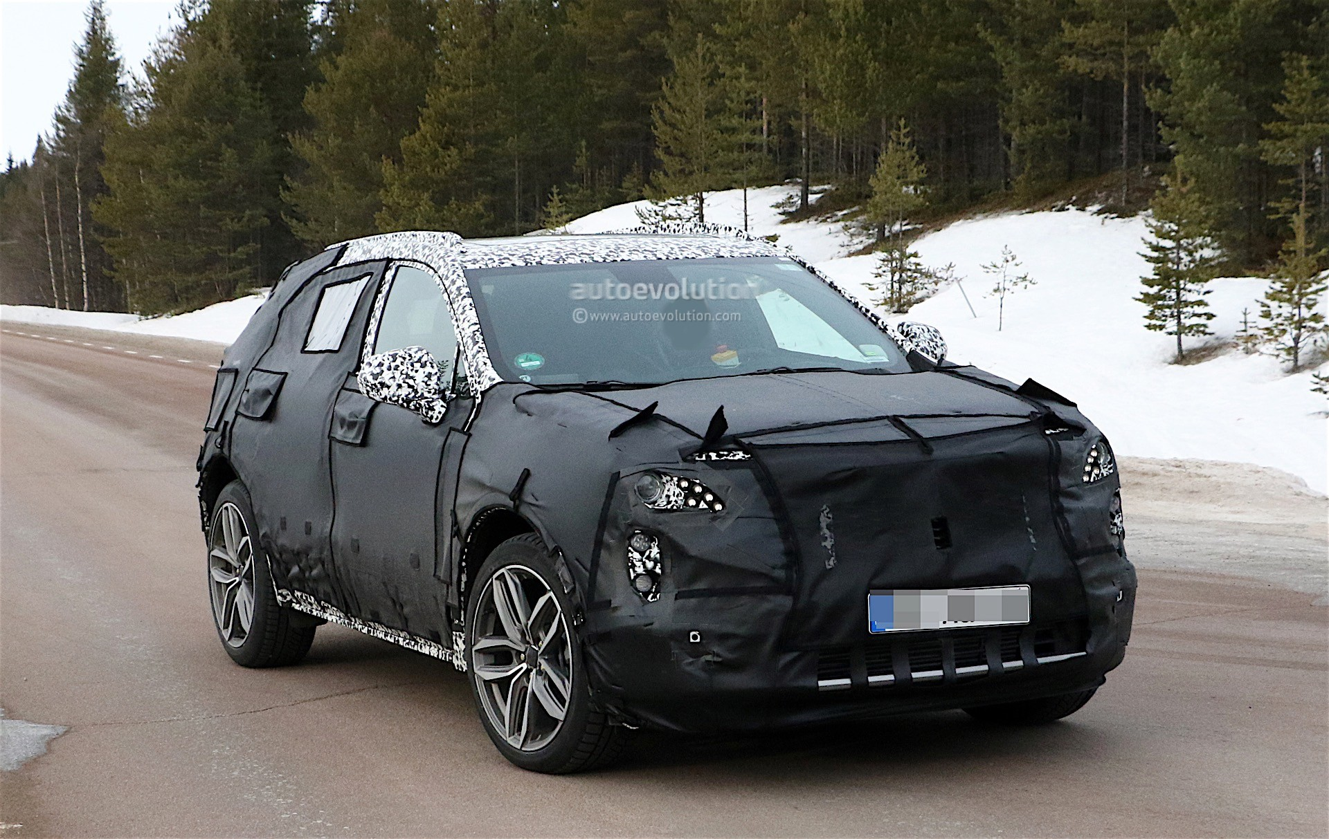 2019 Cadillac XT3 Spied Again, It's Still Massive For Its ...