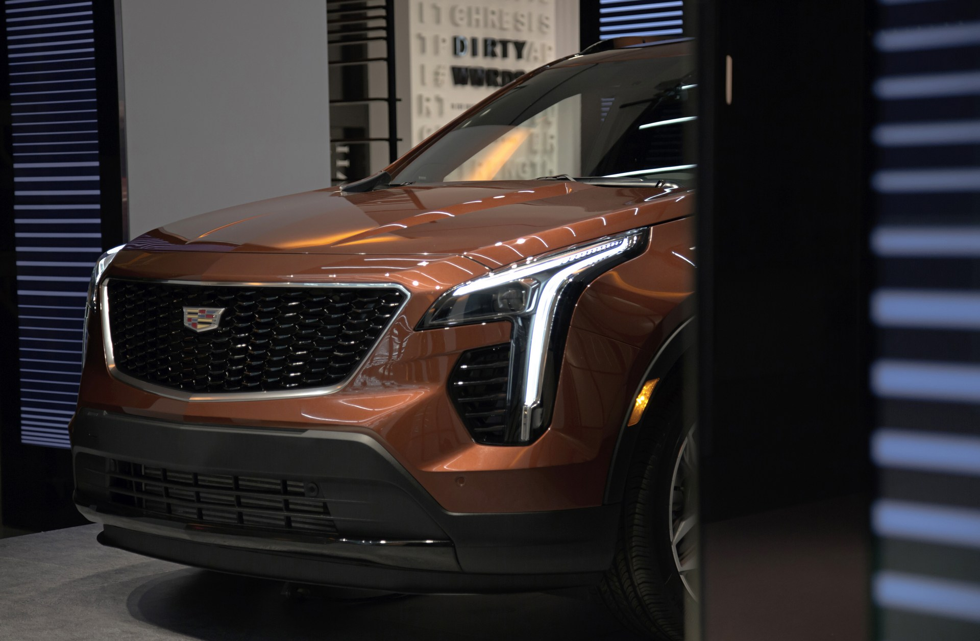 Cadillac XT4 to Hit Showrooms in 2018, Three-Row and ...