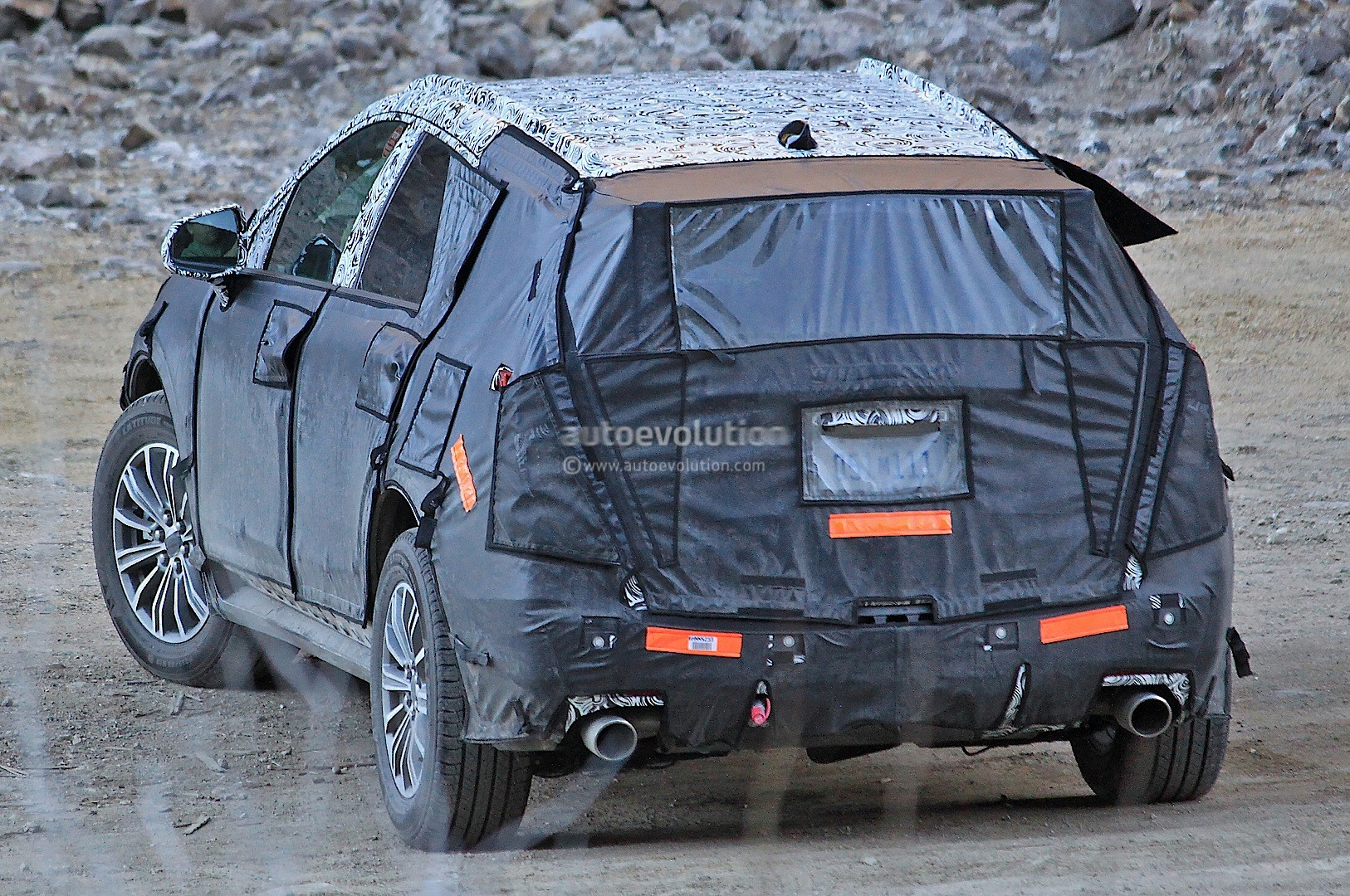 Cadillac XT5 Confirmed to Debut in Early 2016 - autoevolution