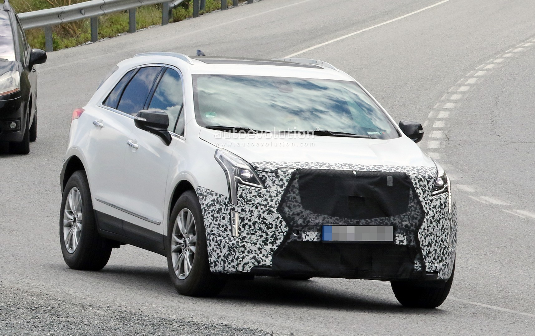 Cadillac Xt5 Gets More Expensive For 2019 Model Year