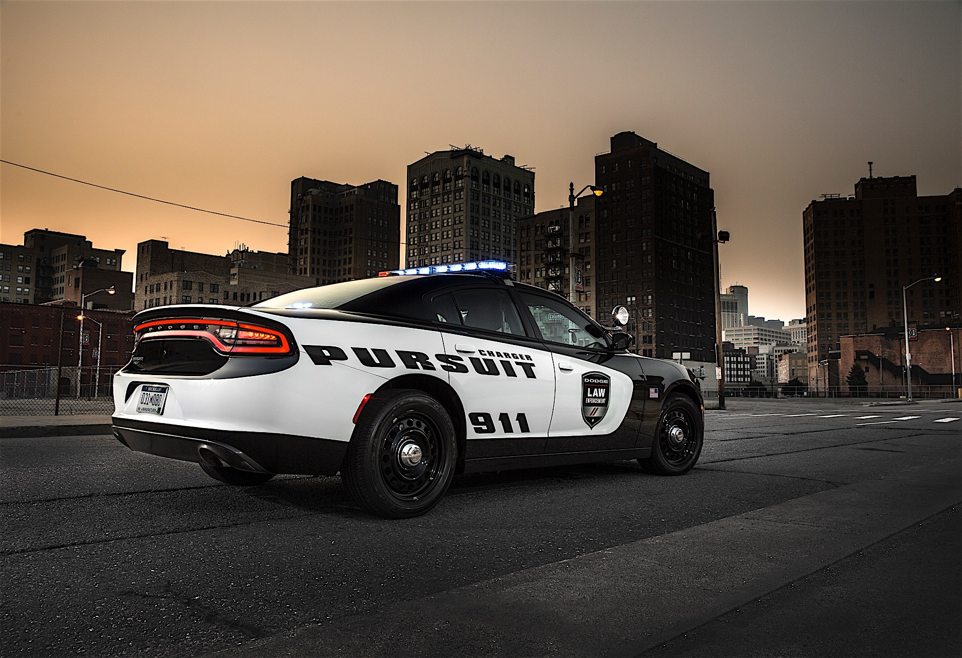 Dodge Viper Used >> California Highway Patrol Introduces Fleet of Dodge Charger Pursuit Vehicles - autoevolution