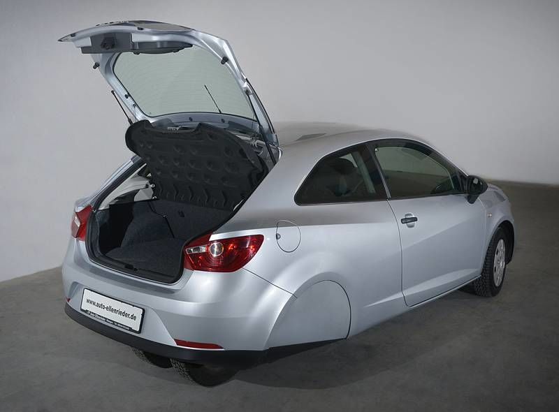 Camouflaged Seat Ibiza Quot 3 Wheeler Quot Testing In Germany