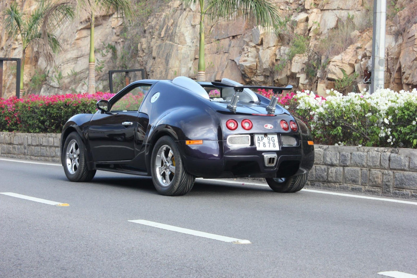 can t afford a bugatti veyron how about a suzuki based replica autoevolution. Black Bedroom Furniture Sets. Home Design Ideas