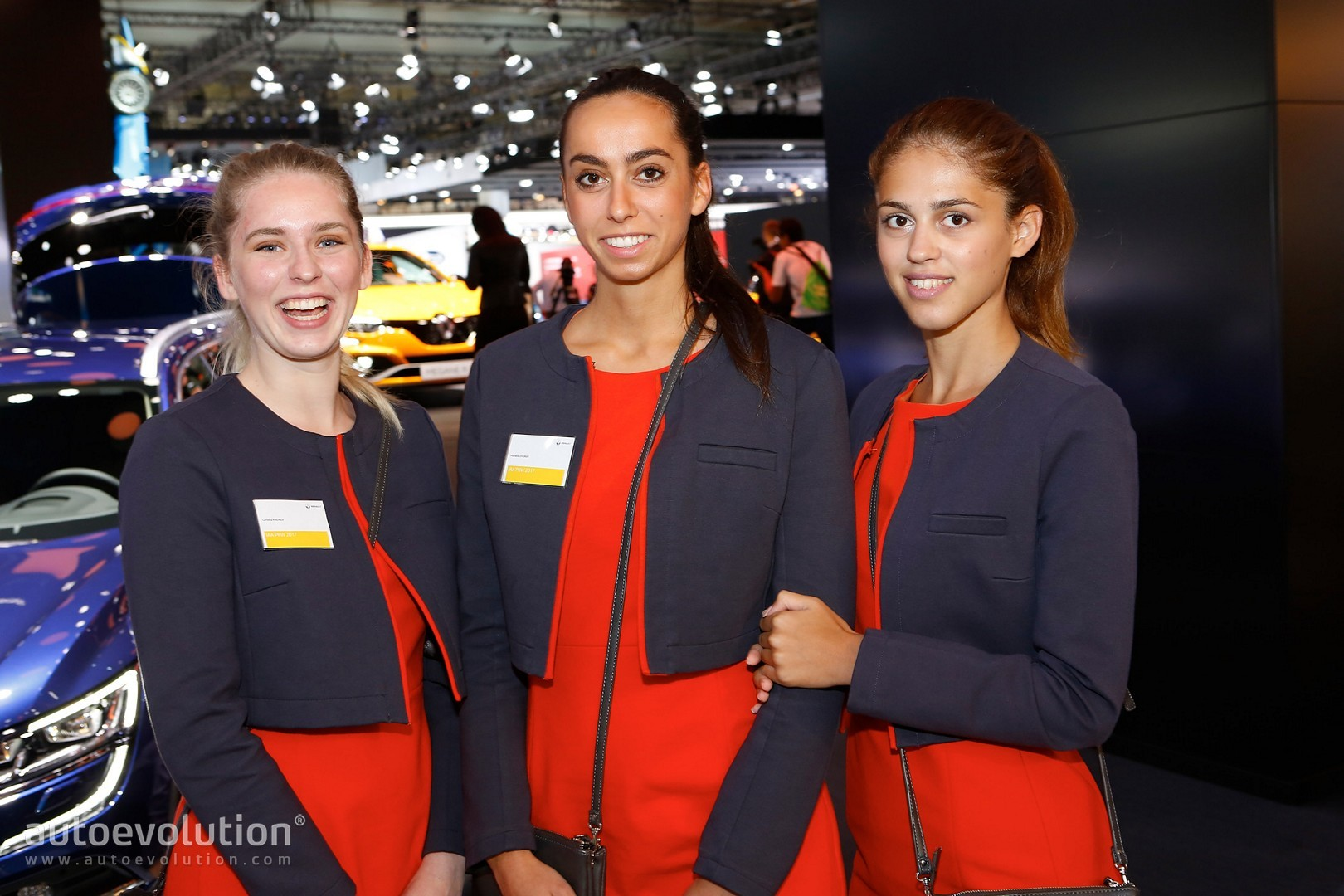 Carmakers Drop Booth Girls For The Geneva Motor Show - Car show booth