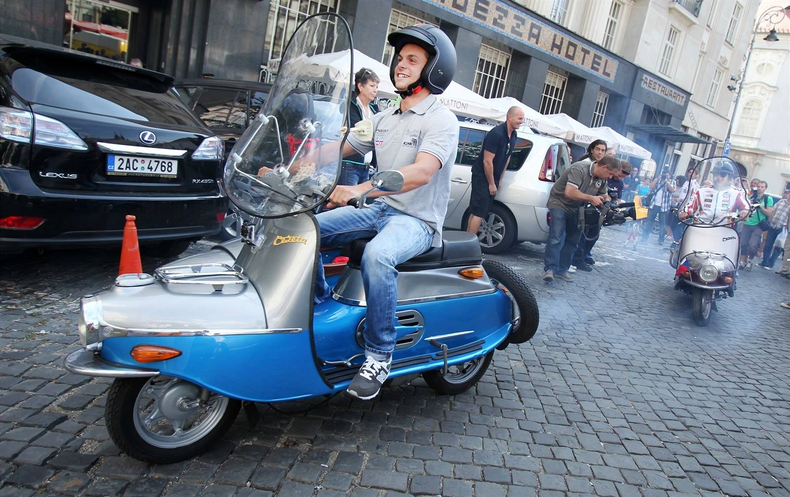 Cezeta Back To Life With Type 506 Electric Scooter