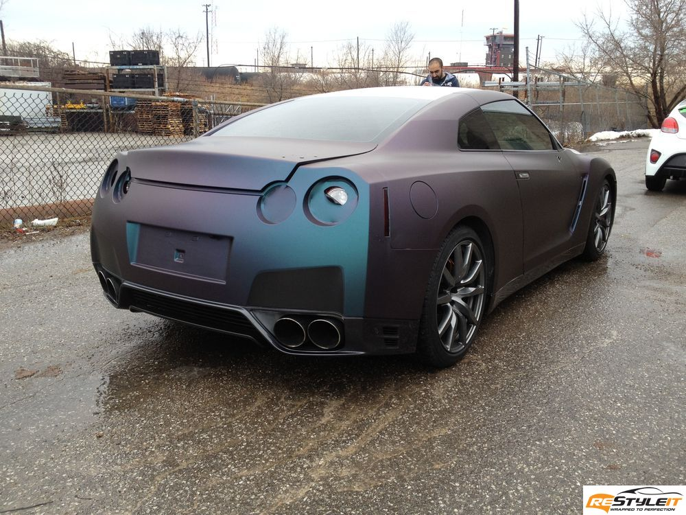 Chameleon Gt R Wrapped By Restyle It Autoevolution