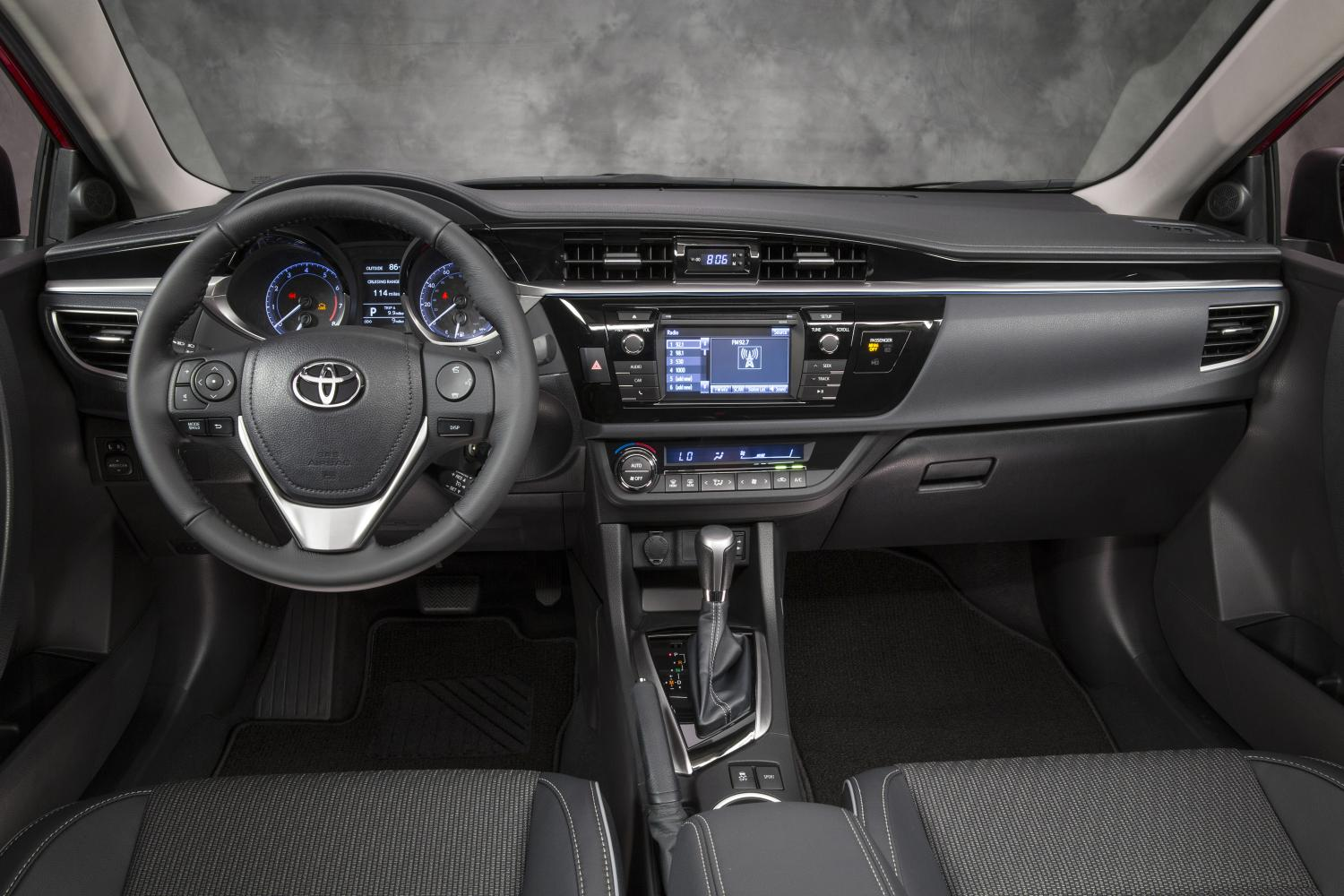 Check Out the 2014 Toyota Corolla New Interior