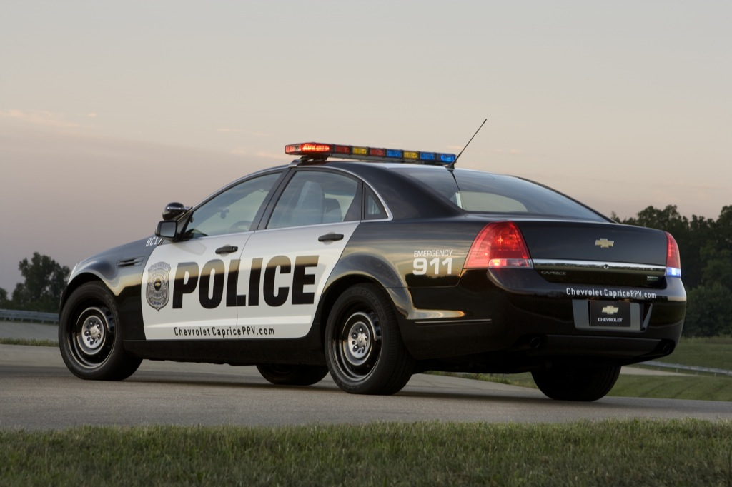 Chevrolet Caprice Police Patrol Vehicle Goes Out On Duty on Chevrolet Caprice Ppv Engine