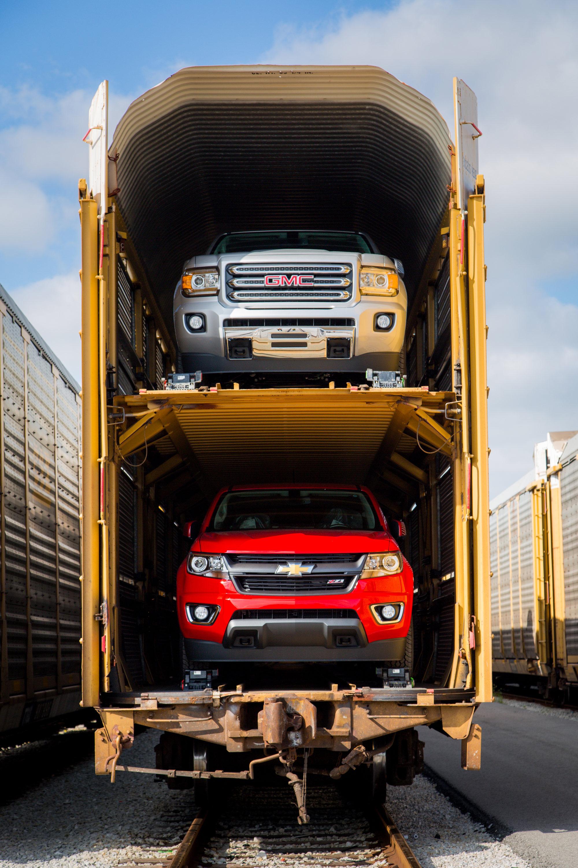 Chevrolet Colorado, GMC Canyon Headed to Dealers [Photo ...