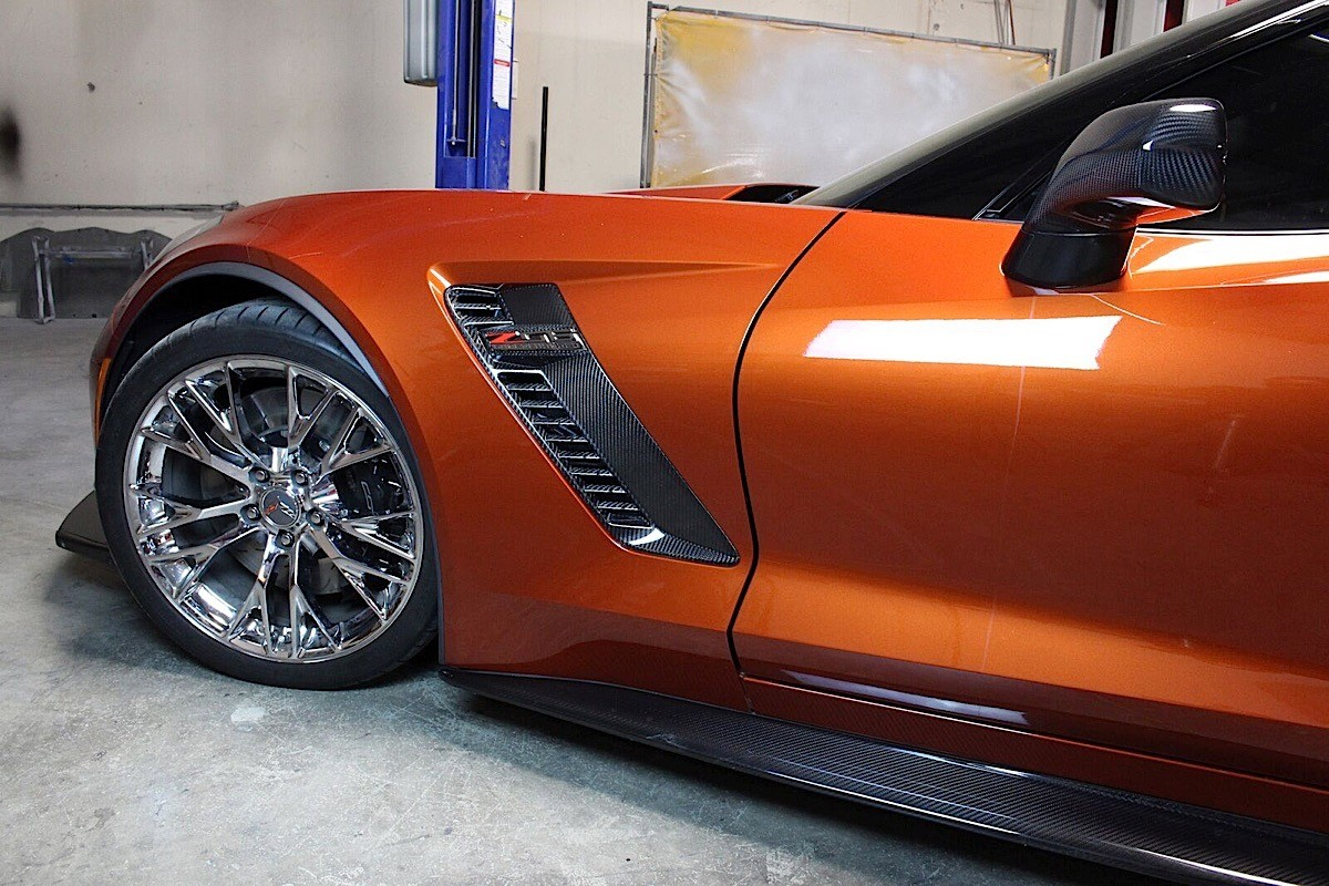 Chevrolet Corvette C7 Z06 Receives New Carbon Fiber ...