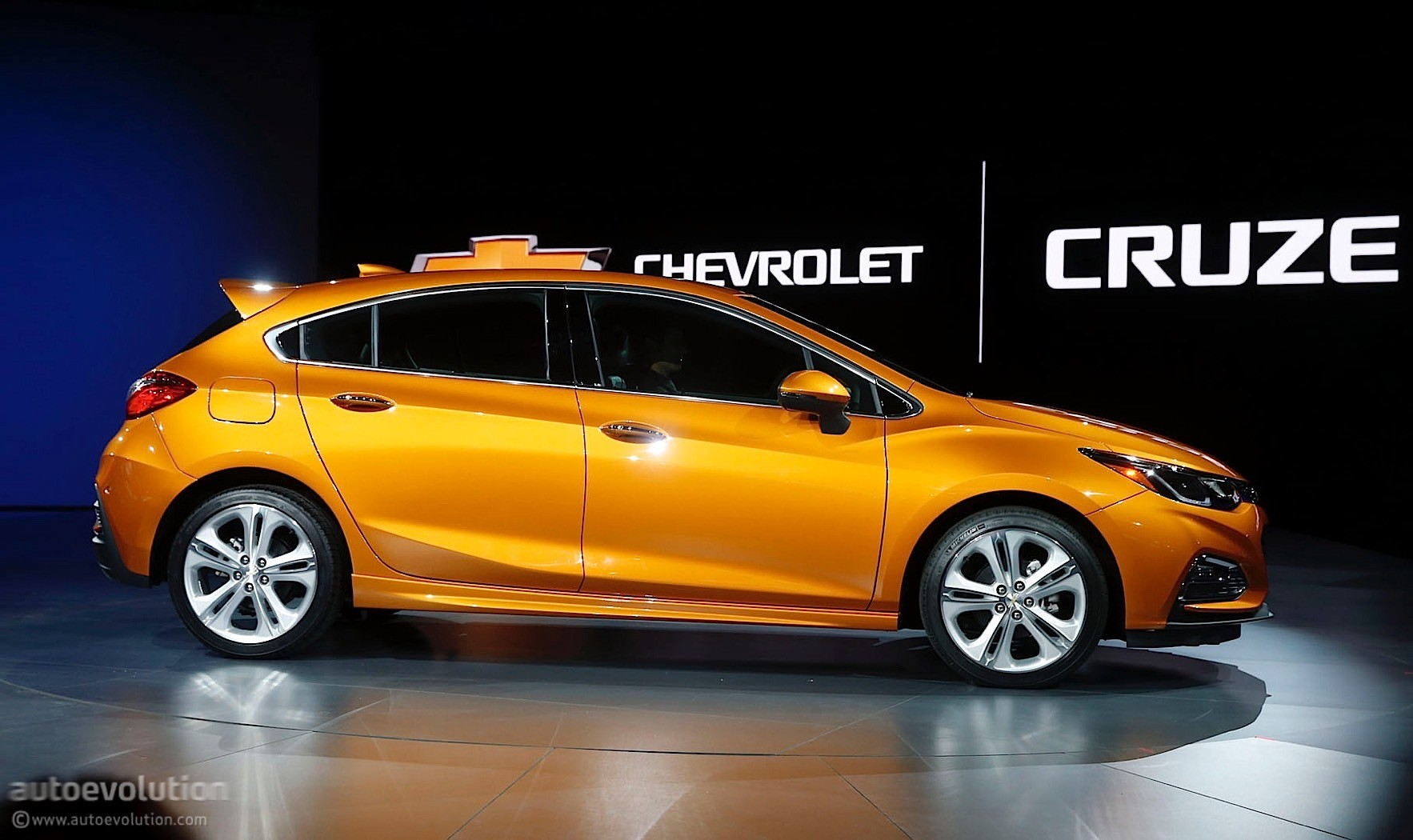 Chevrolet Cruze Diesel Confirmed for 2018 MY Roll-out, 50 ...