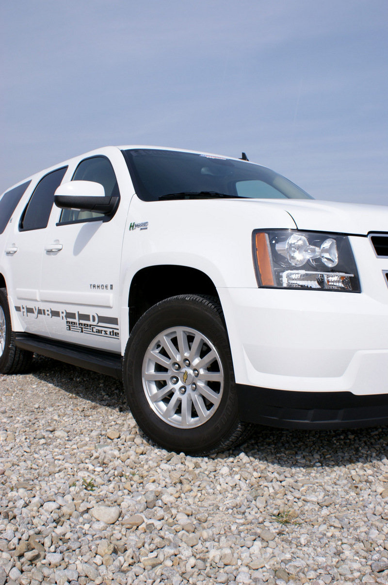 chevrolet tahoe hybrid gets lpg conversion autoevolution. Black Bedroom Furniture Sets. Home Design Ideas