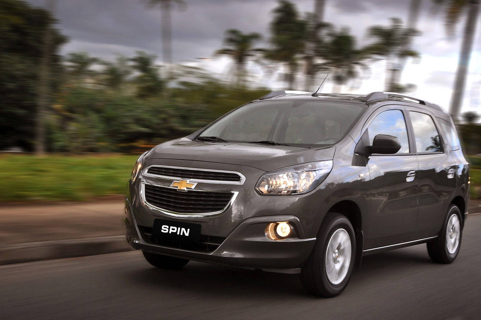 Chevrolet Spin MPV Launched - autoevolution