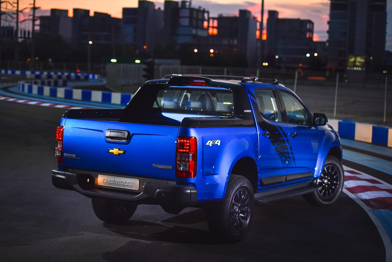 Chevrolet Thailand Unveils Colorado High Country Storm ...