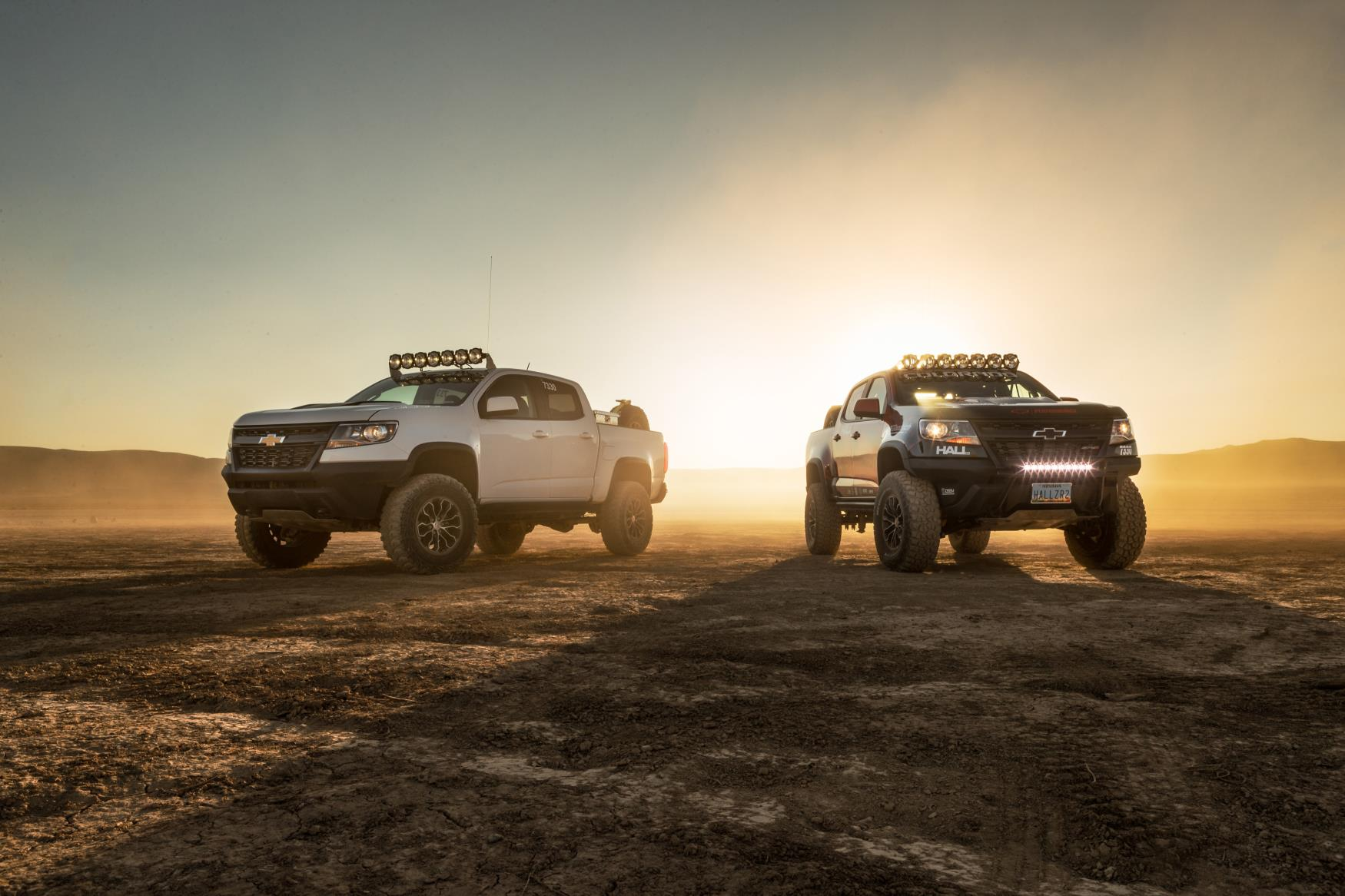 2017 Chevy Colorado Zr2 >> Chevy Colorado ZR2 AEV and ZR2 Race Development Trucks Debut at SEMA - autoevolution