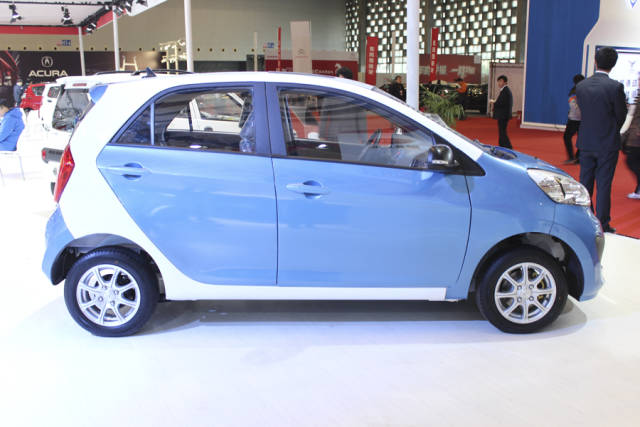 chinese company perfectly clones kia picanto turns it into an electric car autoevolution. Black Bedroom Furniture Sets. Home Design Ideas
