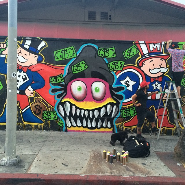 Chris Brown and Alec Monopoly Give L A  Gas Station The