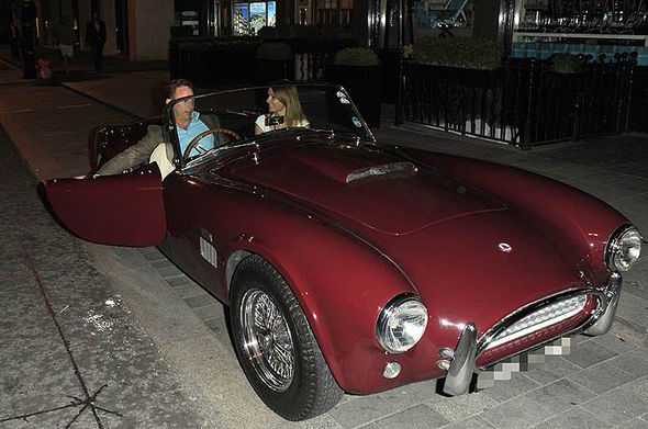 Christian Horner Drives Spice Girl Geri Halliwell In His Shelby Cobra - autoevolution
