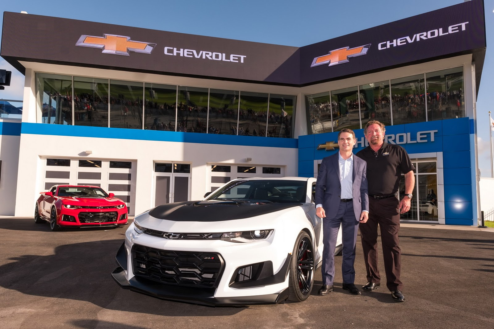 Chrome 2018 Chevrolet Camaro Zl1 1le With Glass Roof Is A