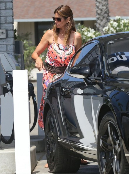 cindy crawford is still driving a bentley continental gt