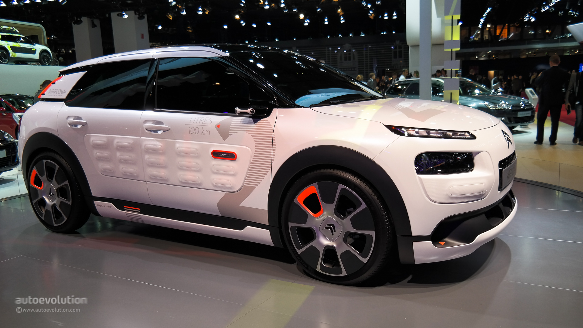 photo collection citroen c4 cactus sport. Black Bedroom Furniture Sets. Home Design Ideas