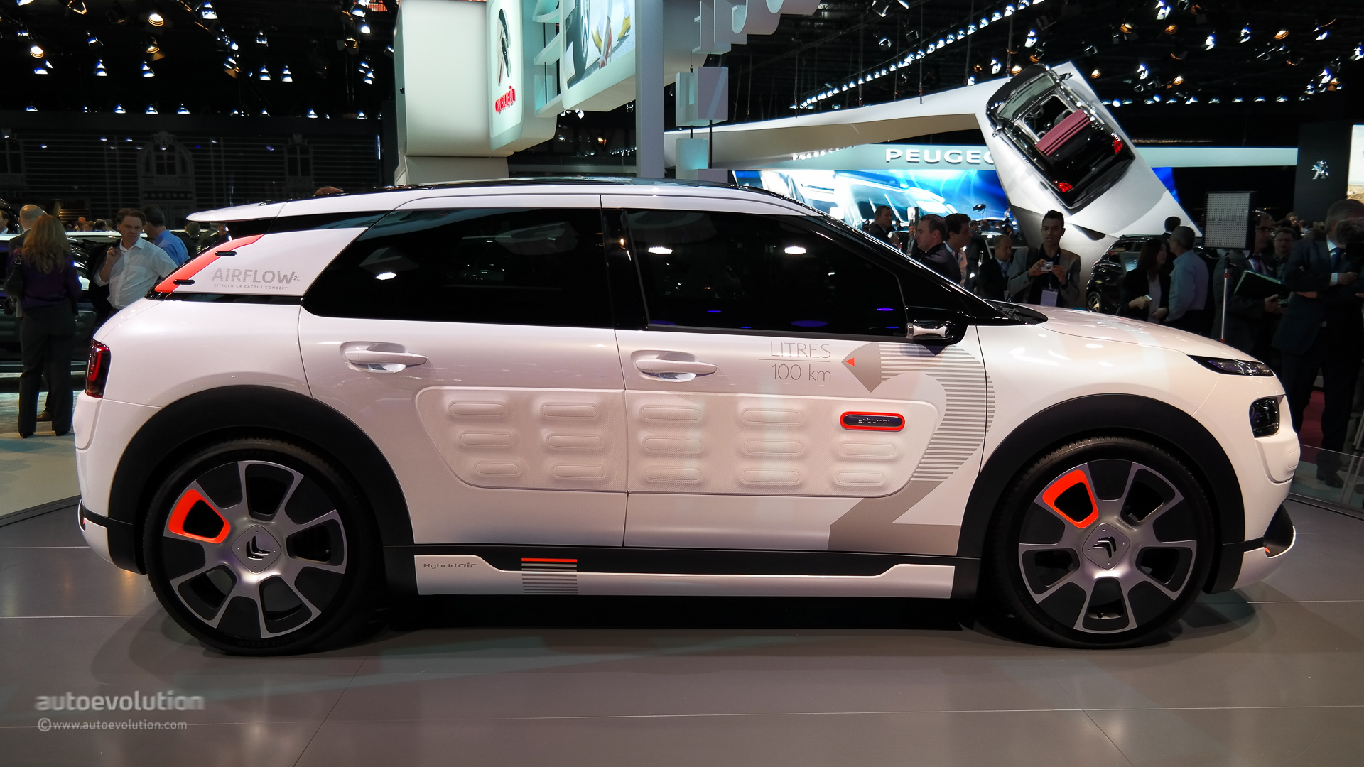 Citroen C4 Cactus Airflow 2l Concept Hisses At Paris 2014