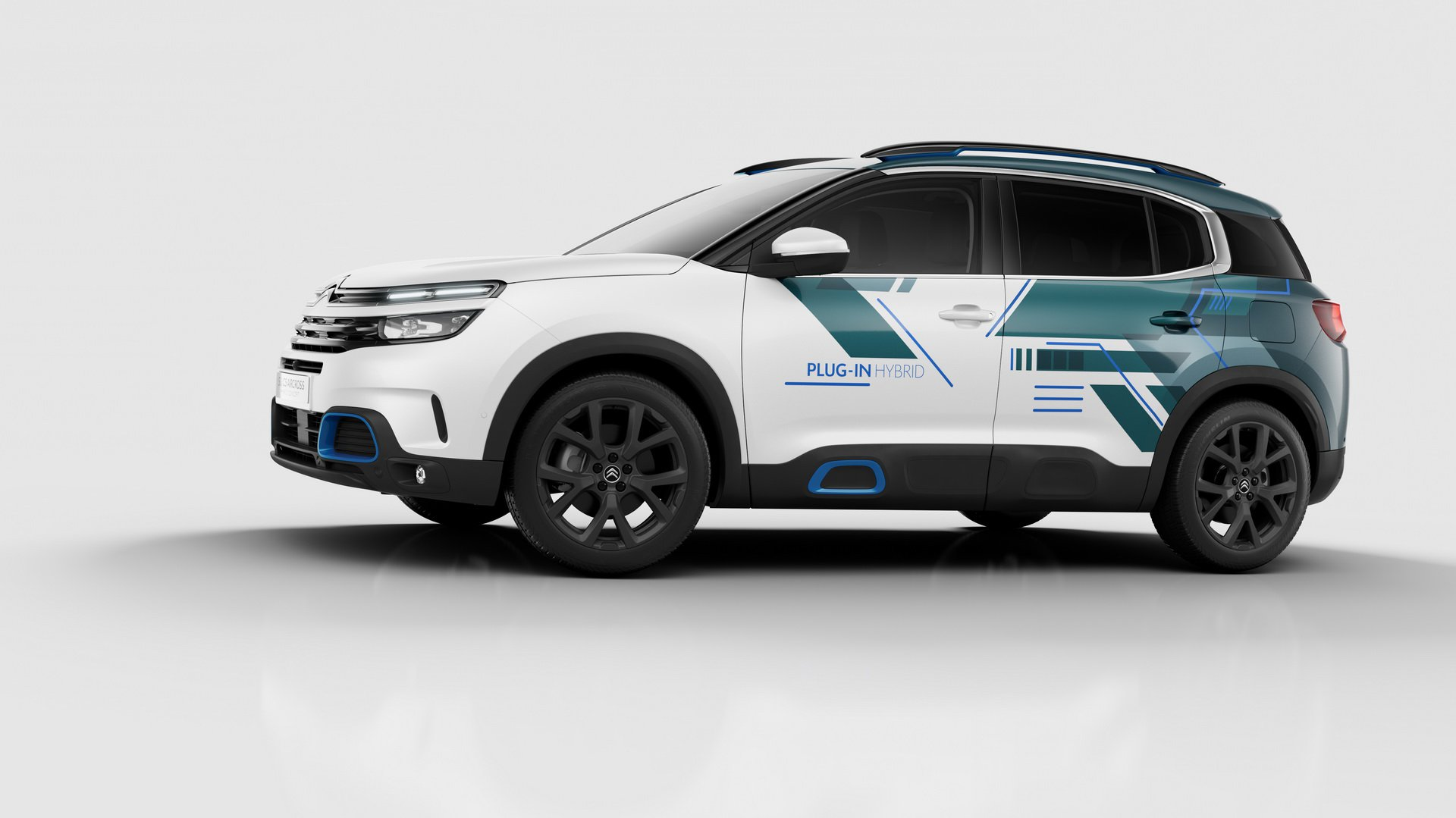 citroen c5 aircross suv hybrid concept looks almost ready for production autoevolution. Black Bedroom Furniture Sets. Home Design Ideas