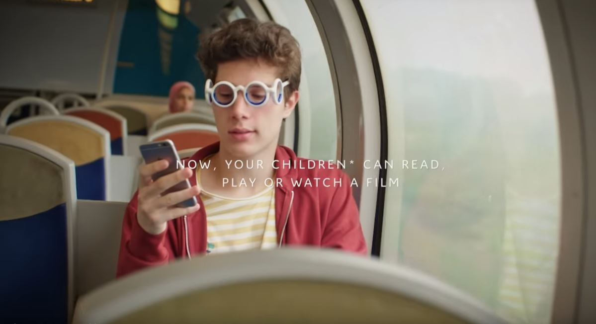 Citroen Creates Glasses To Cure Motion Sickness The