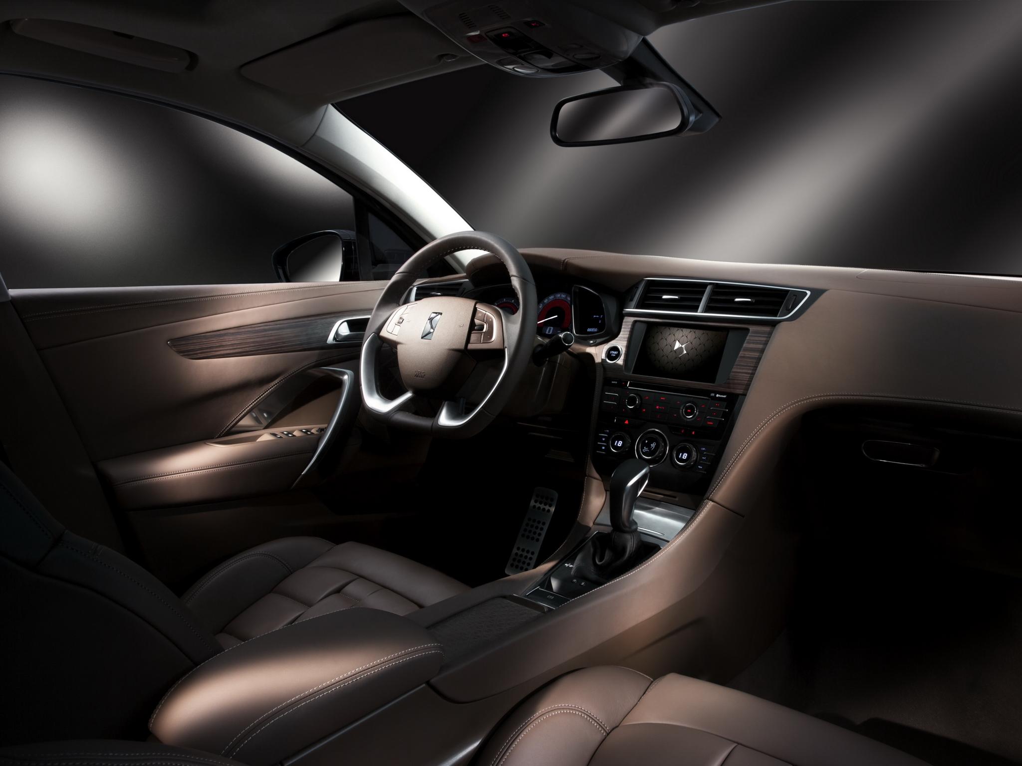 citroen 39 s new china only ds 5ls sedan revealed autoevolution. Black Bedroom Furniture Sets. Home Design Ideas