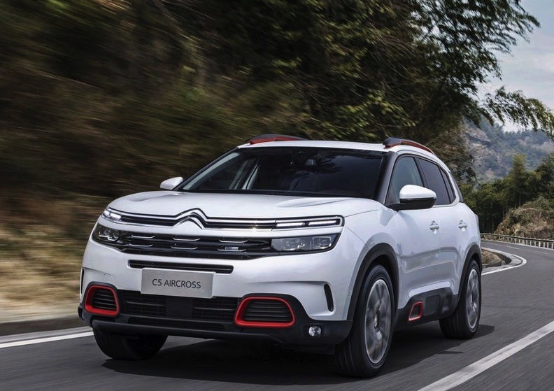 2018 citroen c5 aircross looks terrific in leaked photos autoevolution. Black Bedroom Furniture Sets. Home Design Ideas