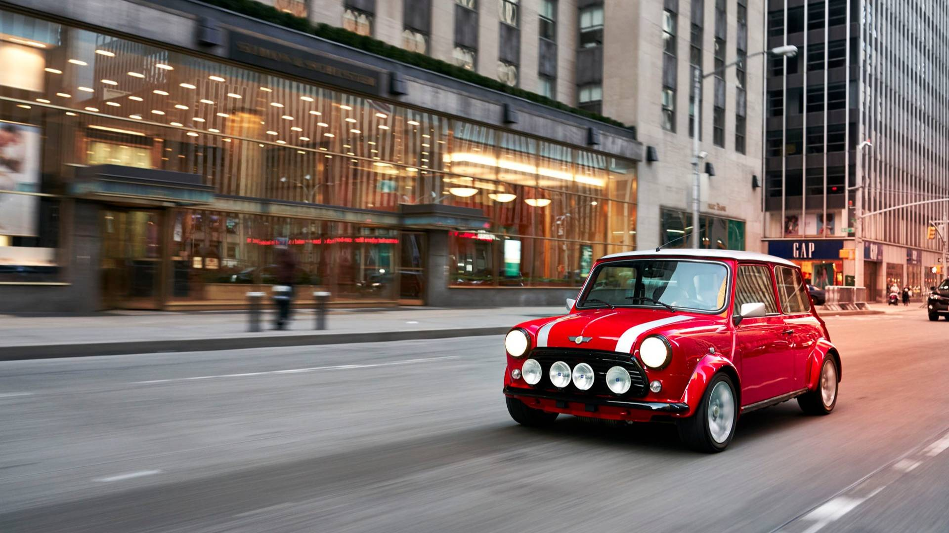 Classic Mini Gets Electric Powertrain For The 2018 New ...