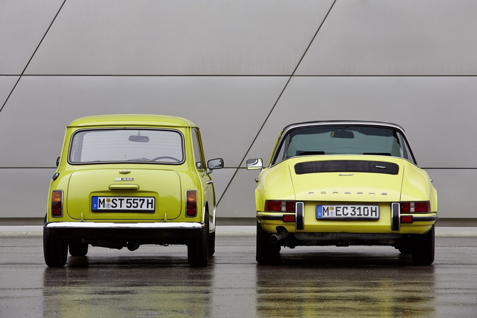 Classic mini says happy 50th birthday to porsche 911 autoevolution