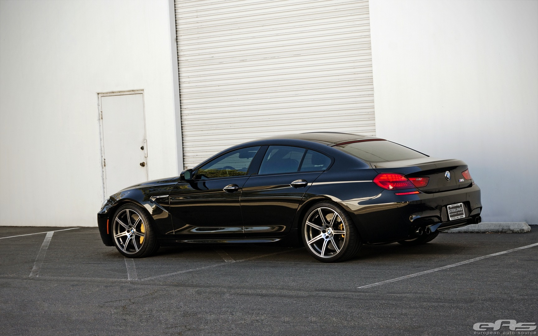 competition package bmw m6 gran coupe goes completely black. Black Bedroom Furniture Sets. Home Design Ideas