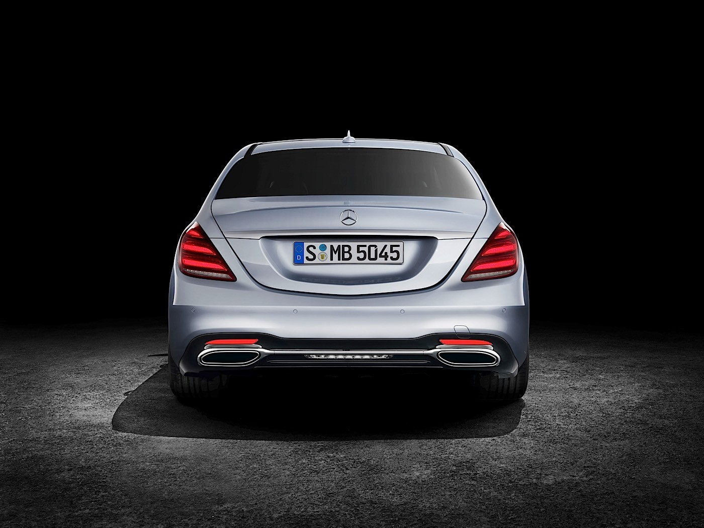 Complete 2018 mercedes benz s class lineup priced in for Mercedes benz deutschland
